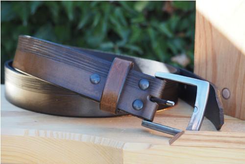 Kožený pásek horní linkování