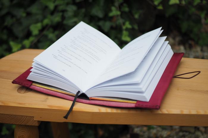 Kožený obal na knížku