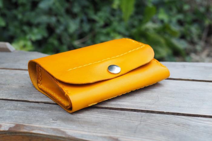 Peněženka MontMat žlutá