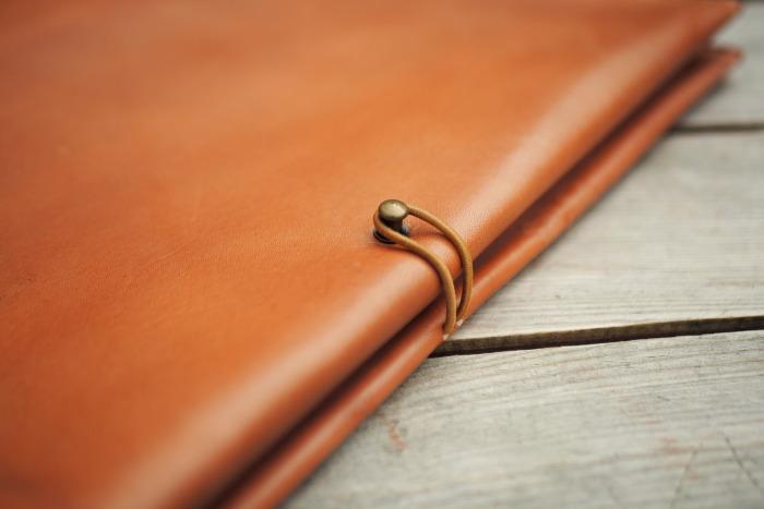 Kožený obal na zápisník/sešit A5