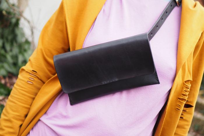Ledvinka MontMat s páskem černá