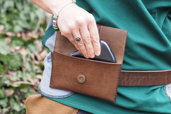 Kožený obal MontMat na mobil